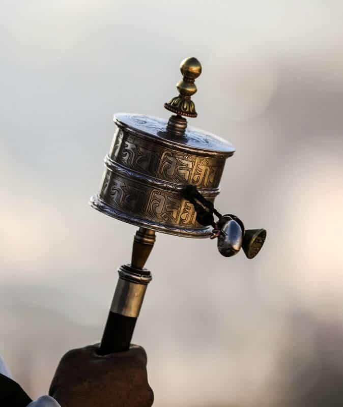 《六字大明咒》— 轉經筒上的萬咒之王 佛咒